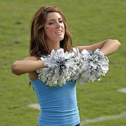 Cheerleading Pom Poms